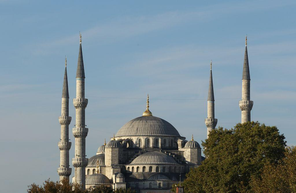 "<p>ISTANBUL, TURKEY: The iconic Sultanahmet Mosque in Istanbul, Turkey is a masterpiece of Ottoman and Byzantine architectural traditions. <br /><a title=""Istanbul"" href=""https://in.lifestyle.yahoo.com/photos/istanbul-where-asia-and-europe-meet-slideshow/"" target=""_blank"">View more photos of Istanbul</a> </p>"