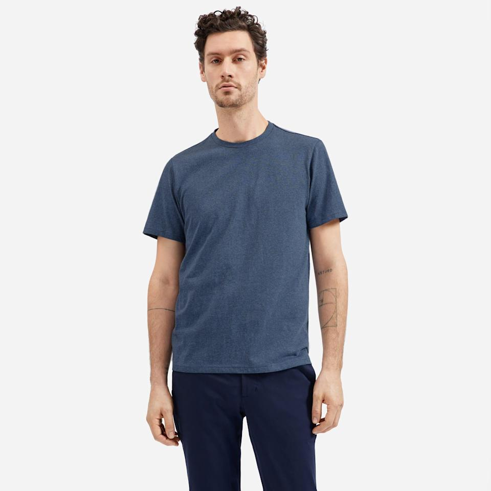 """<p><strong>everlane</strong></p><p>everlane.com</p><p><strong>$30.00</strong></p><p><a href=""""https://go.redirectingat.com?id=74968X1596630&url=https%3A%2F%2Fwww.everlane.com%2Fproducts%2Fmens-premium-weight-crew-heather-blue&sref=https%3A%2F%2Fwww.cosmopolitan.com%2Fstyle-beauty%2Ffashion%2Fg27349308%2Fnew-dad-gift-ideas%2F"""" rel=""""nofollow noopener"""" target=""""_blank"""" data-ylk=""""slk:Shop Now"""" class=""""link rapid-noclick-resp"""">Shop Now</a></p><p>The newborn might get a lil drool on one of his favorite T-shirts. So, you can't go wrong by helping him stock up on tees, like this crewneck from Everlane.</p>"""