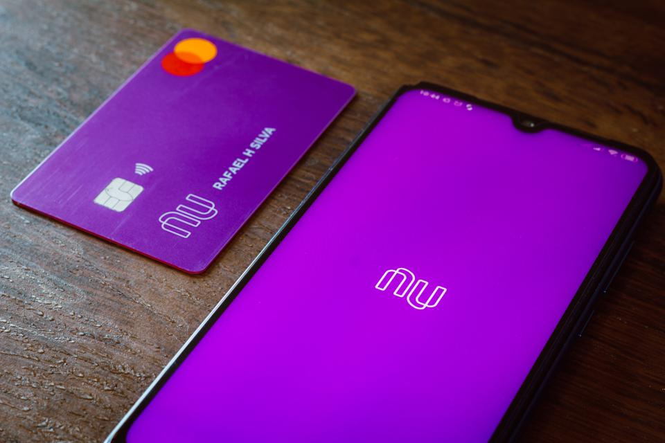 BRAZIL - 2020/11/24: In this photo illustration the Nubank logo seen displayed on a smartphone. (Photo Illustration by Rafael Henrique/SOPA Images/LightRocket via Getty Images)