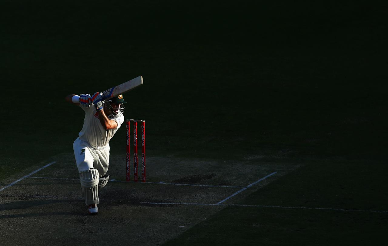 BRISBANE, AUSTRALIA - NOVEMBER 12: Michael Hussey of Australia bats during day four of the First Test match between Australia and South Africa at The Gabba on November 12, 2012 in Brisbane, Australia.  (Photo by Ryan Pierse/Getty Images)