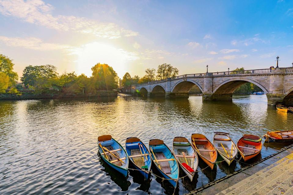 """<p>Wedged in a leafy spot between Surrey and London's south-west, Richmond, London boasts the capital's largest <a href=""""https://www.royalparks.org.uk/parks/richmond-park"""" rel=""""nofollow noopener"""" target=""""_blank"""" data-ylk=""""slk:Royal Park"""" class=""""link rapid-noclick-resp"""">Royal Park</a>, plenty of independent shops, restaurants and boutiques, as well as lovely places for riverside drinks and walks. </p><p>It's the perfect base for a <a href=""""https://www.redescapes.com/offers/london-richmond-hill-hotel"""" rel=""""nofollow noopener"""" target=""""_blank"""" data-ylk=""""slk:stylish London city break"""" class=""""link rapid-noclick-resp"""">stylish London city break</a> this summer. From a stroll along its prettiest street to a drink at a riverside pub with views, here are 10 ways to guarantee an unforgettable escape in Richmond...</p>"""