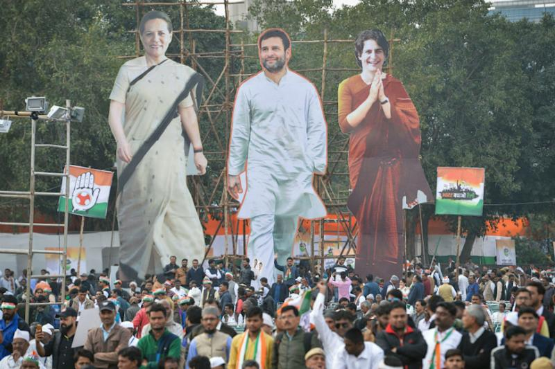 Rahul's Return, Priyanka's Push, Battle for States: Why Sonia Failed to Repeat 2004 Show of Oppn Unity