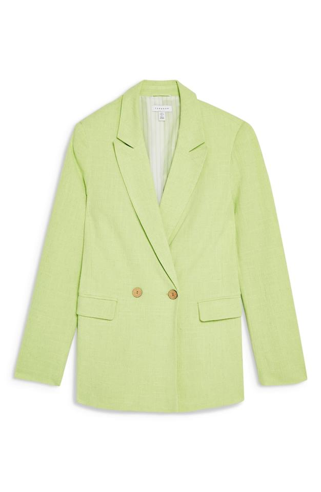 "$47.49, Nordstrom. <a href=""https://shop.nordstrom.com/s/topshop-coco-linen-blazer/5263282?origin=category-personalizedsort&breadcrumb=Home%2FWomen%2FClothing%2FCoats%2C%20Jackets%20%26%20Blazers&color=bright%20green"">Get it now!</a>"
