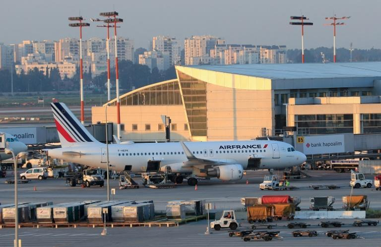 An Air France aircraft in front of a gate at Israel's Ben Gurion airport in the coastal city of Tel Aviv on Wednesday (AFP Photo/Emmanuel DUNAND)