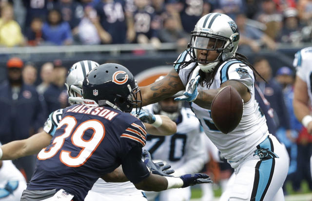 <p>Chicago Bears safety Eddie Jackson (39) intercepts a pass intended for Carolina Panthers wide receiver Kelvin Benjamin (13) and returns it for a 76-yard touchdown during the first half of an NFL football game, Sunday, Oct. 22, 2017, in Chicago. (AP Photo/Charles Rex Arbogast) </p>