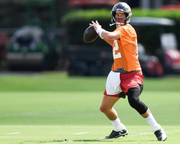 Brady playing catch-up ahead of NFL Bucs debut