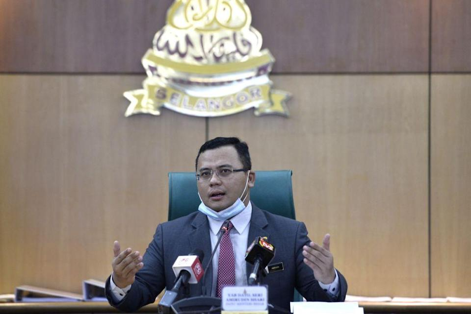 Selangor Mentri Besar Datuk Amirudin Shari said objections to the PJD Link and other development projects in the state are due to his administration's open engagements with stakeholders through public hearings. — Picture by Miera Zulyana