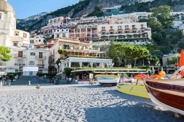 PHOTO: Beach at Hotel Buca di Bacco, Positano. (Oyster.com)