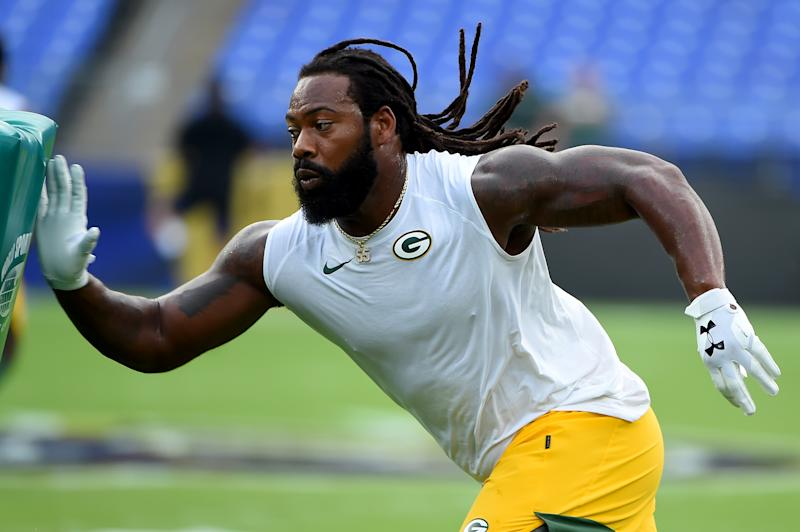 BALTIMORE, MD - AUGUST 15: Za'Darius Smith #55 of the Green Bay Packers warms up prior to a preseason game against the Baltimore Ravens at M&T Bank Stadium on August 15, 2019 in Baltimore, Maryland. (Photo by Will Newton/Getty Images)