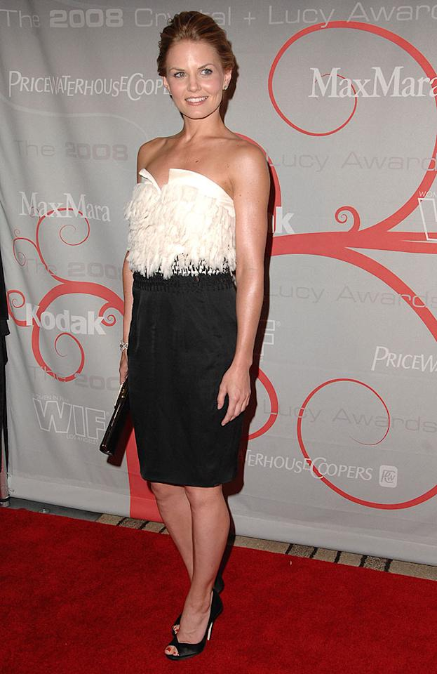 """Jennifer Morrison's feathered bodice looked like it was ready to fly away. Steve Granitz/<a href=""""http://www.wireimage.com"""" target=""""new"""">WireImage.com</a> - June 17, 2008"""