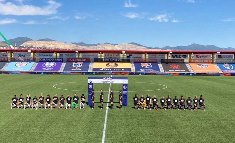 Every single North Carolina Courage and Portland Thorns player kneeled during the national anthem before NWSL kickoff on Saturday. (Via Twitter/@mPinoe)