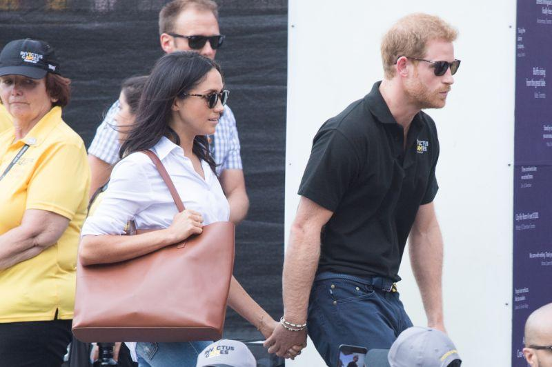 Meghan Markle carrying the Day Tote in cognac