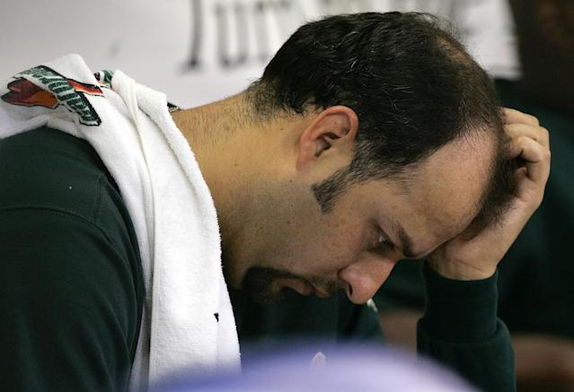 Ex-MLB pitcher Esteban Loaiza was arrested with 20 kilos of cocaine or heroin near San Diego. (AP)