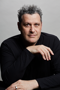 Isaac Mizrahi will discuss how NYC inspires designers at Museum of the City of New York's Fall Symposium and Luncheon.