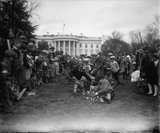<p>Easter Egg Rolling at the White House in Washington, April 1, 1929. (Photo: Science History Images) </p>