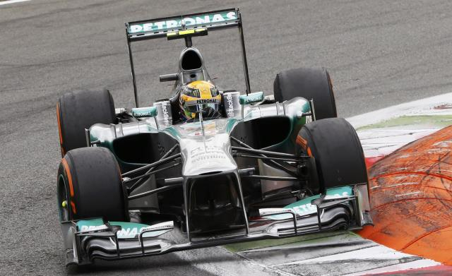 Mercedes Formula One driver Lewis Hamilton of Britain drives during the Italian F1 Grand Prix at the Monza circuit September 8, 2013. REUTERS/Stefano Rellandini (ITALY - Tags: SPORT MOTORSPORT F1)