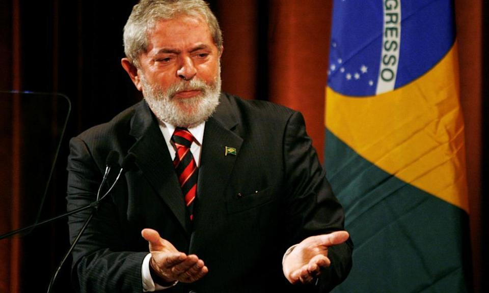 Lula in 2009, speaking during an economic conference in New York.