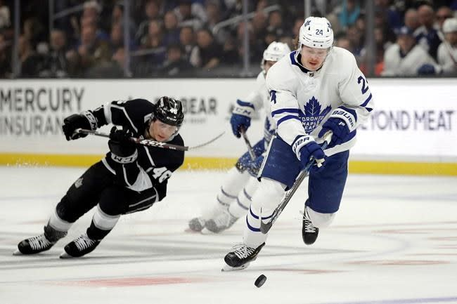 Maple Leafs send Kapanen to Penguins, get first-round pick in multi-player deal