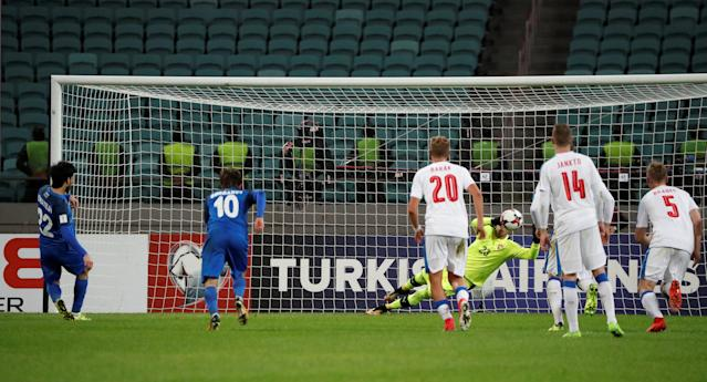 Soccer Football - 2018 World Cup Qualifications - Europe - Azerbaijan vs Czech Republic - Baku National Stadium, Baku, Azerbaijan - October 5, 2017 Azerbaijan's Afran Ismayilov scores their first goal from the penalty spot REUTERS/Grigory Dukor