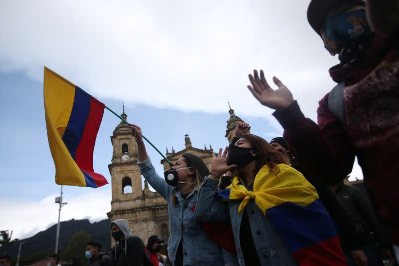 Colombian unions, students seek to revive mass protests against government, police violence
