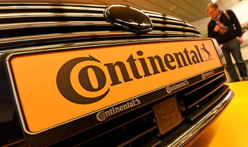 Continental burns cash in second quarter as sales slump by 40%