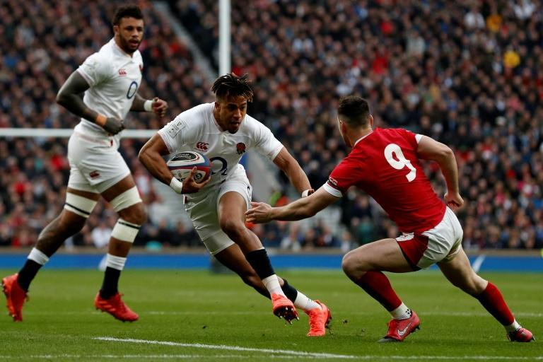 England's Anthony Watson (centre) will miss the start of the Autumn Nations Cup due to an ankle injury