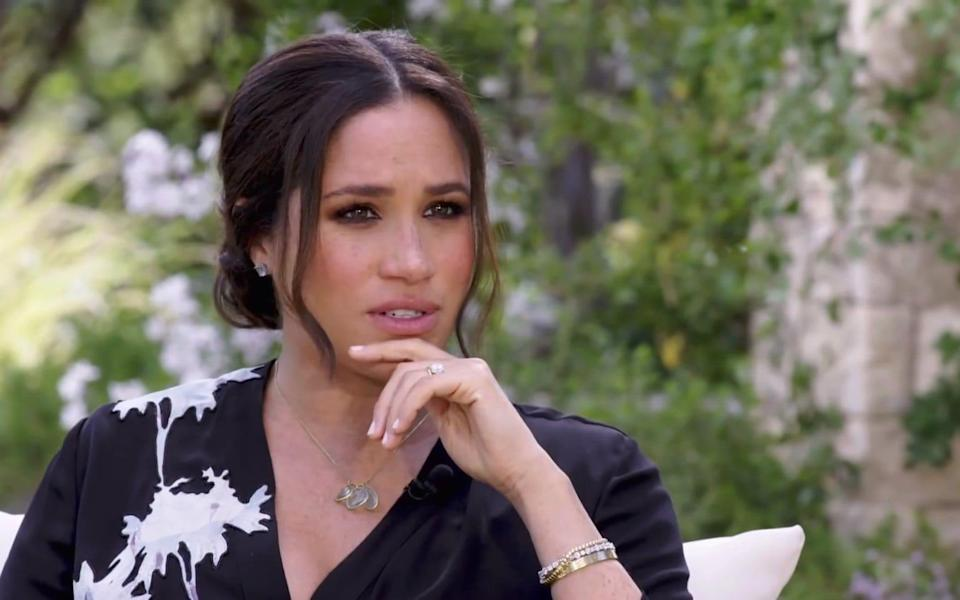 Meghan says Kate made her cry - CBS