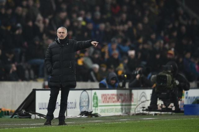 Manchester United's manager Jose Mourinho gestures during the EFL Cup semi-final second-leg football match against Hull City January 26, 2017 (AFP Photo/Oli SCARFF )