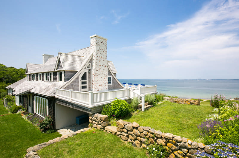 John Kerry Is Trading Nantucket for the Vineyard on
