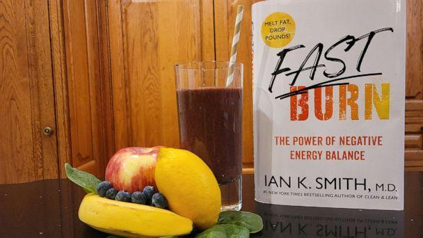 PHOTO: Dr. Ian K SMith's new book and signature smoothie. (Dr. Ian K Smith)