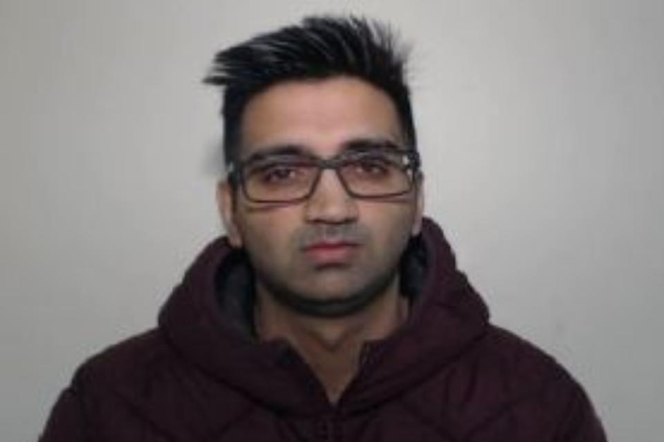 """Pc Mohammed Malik, 37, from Rochedale, fed criminals information from the Greater Manchester Police (GMP) internal systems despite his """"unblemished reputation"""" in the force, Liverpool Crown Court."""