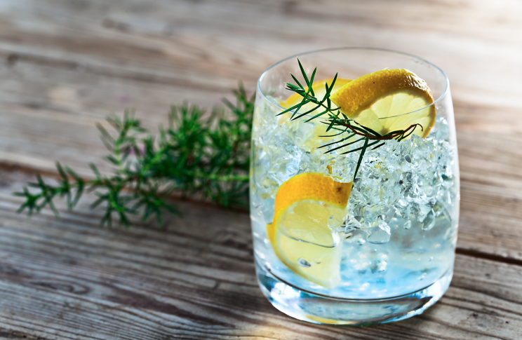 Gin is low in histamines and sulphite-free [Photo: Getty]