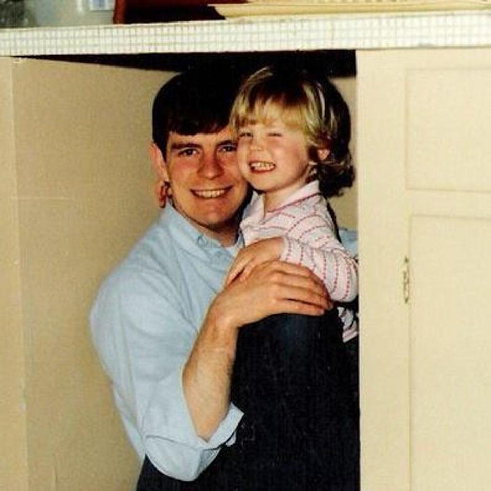 Jennifer Barnhill and her father in her childhood years (Jennifer Barnhill)