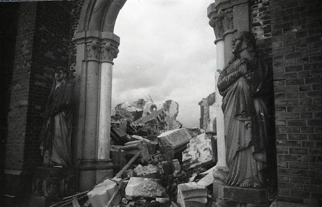 <p>Destroyed Urakami Cathedral is see just after the atomic bomb was dropped in Aug. 1945 in Nagasaki, Japan. (Photo: Yasuo Tomishige/The Asahi Shimbun via Getty Images) </p>