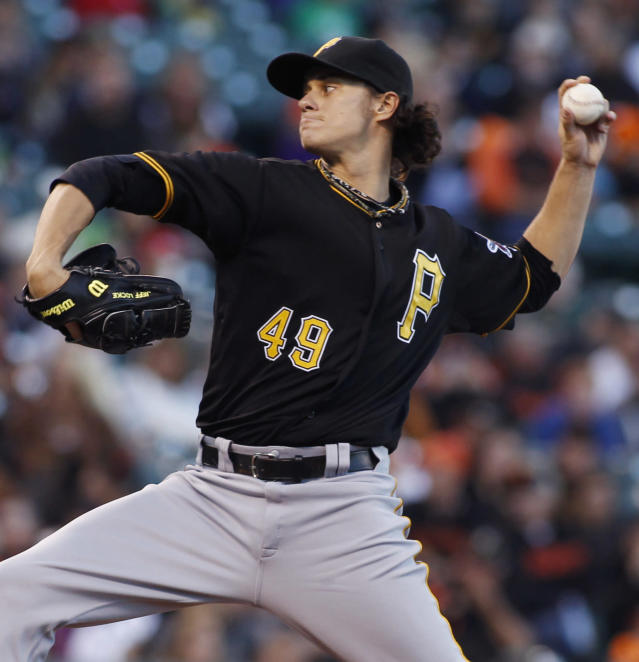 Pittsburgh Pirates pitcher Jeff Locke throws to the San Francisco Giants during the first inning of a baseball game in San Francisco, Thursday, Aug. 22, 2013. (AP Photo/George Nikitin)