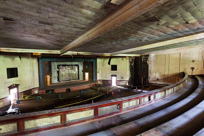 <p>Lambros also says that many people are surprised by his photographs, and don't even know these theaters exist. (Photo: Matt Lambros/Caters News) </p>