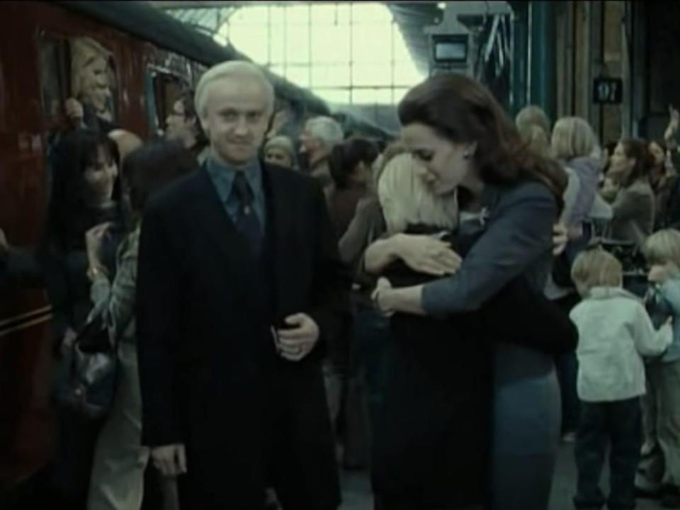 production still draco malfoy and fmaily 19 years later harry potter movies