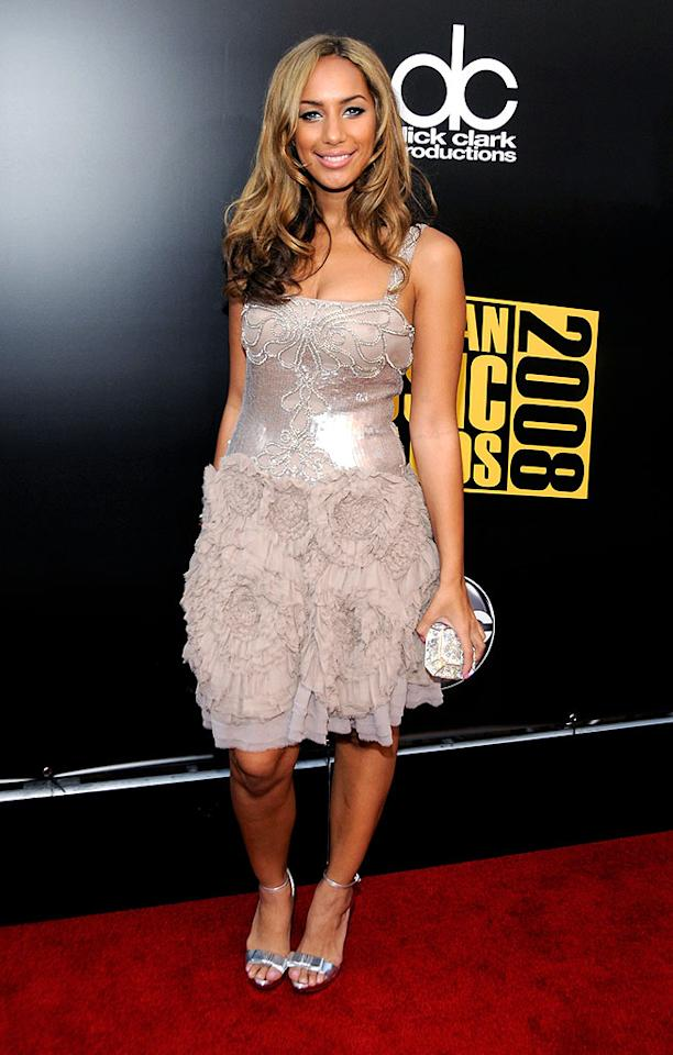 """Leona Lewis walked the red carpet in a cute Jenny Packham dress before taking the stage to perform """"Better in Time."""" Kevin Mazur/<a href=""""http://www.wireimage.com"""" target=""""new"""">WireImage.com</a> - November 23, 2008"""