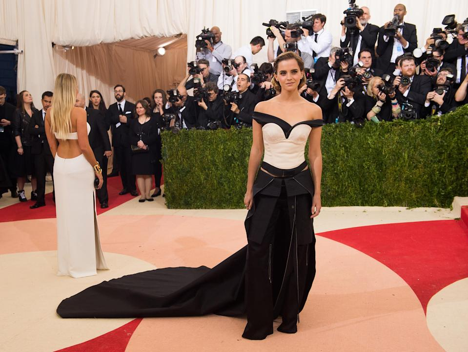 """Emma Watson arrives at The Metropolitan Museum of Art Costume Institute Benefit Gala, celebrating the opening of """"Manus x Machina: Fashion in an Age of Technology"""" in New York in 2016. (Photo: Charles Sykes/Invision/AP)"""