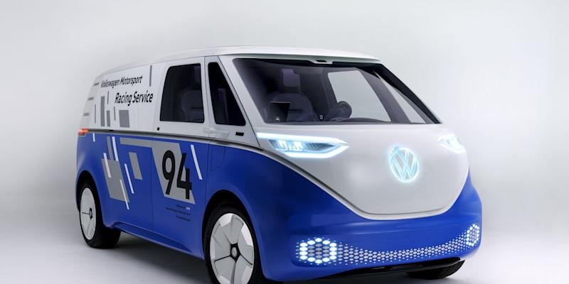 volkswagen i d buzz cargo concept reimagined as race support van. Black Bedroom Furniture Sets. Home Design Ideas