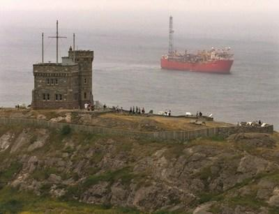 Offshore workers call on producers and government to find solution for Terra Nova (CNW Group/Unifor)