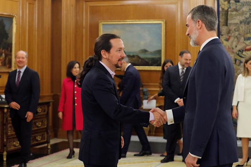 Iglesias y el rey (Photo: EFE)