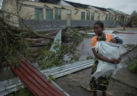 Rescue teams race to save hundreds trapped by Mozambique cyclone