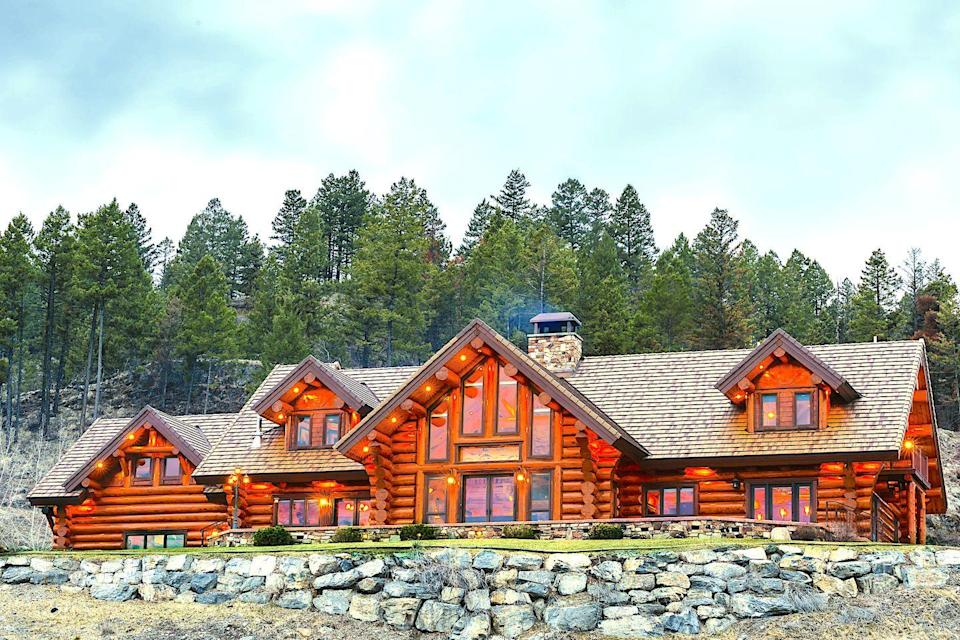 "<p>Just 40 minutes from Glacier National Park lies this festive and luxurious mountaintop estate set on 32 acres. Rustic elegance is paramount at <a href=""https://www.coyoteestate.com/"" rel=""nofollow noopener"" target=""_blank"" data-ylk=""slk:Coyote Bluff Estate,"" class=""link rapid-noclick-resp"">Coyote Bluff Estate,</a> with spacious suites, gourmet picnic basket lunches, private helicopter tours, in-room massages, and private aviation services. The estate also offers a luxury complimentary coffee service with fresh fruit and pastries if you'd prefer breakfast in bed.</p><p>The best in hiking, fishing, hunting, and animal-watching are right here with plenty of guided tours available to make the most of these activities. A day of outdoor activities can be capped off with a trip to the estate's complimentary whiskey and scotch bar or a glass of wine while enjoying the starlit skies.</p>"