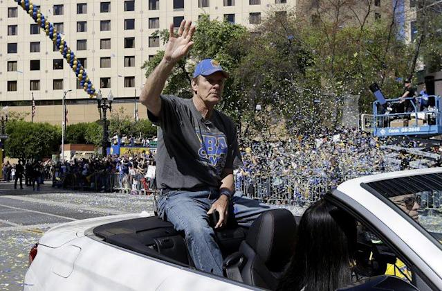 They should throw another parade for Rick Barry. (AP)
