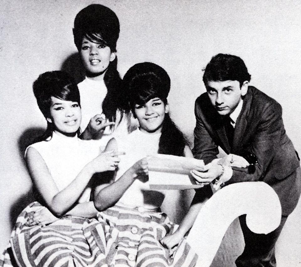 Phil Spector and The Ronettes.  (Photo: GAB Archive via Getty Images)