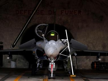 Rafale hearing: Supreme Court gives Centre till 4 May to reply to review petitions, defers case to 6 May