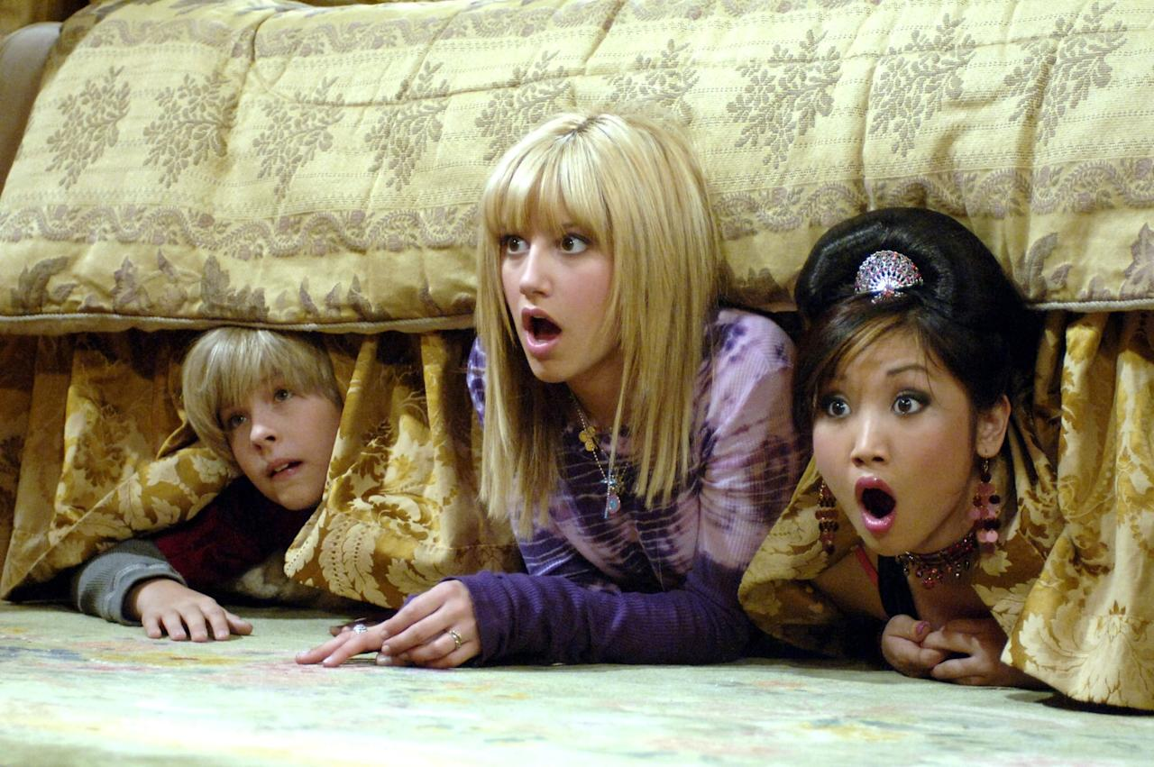 <p>We'd definitely choose London's life in the Tipton Hotel over Eloise's life at the Plaza. </p>