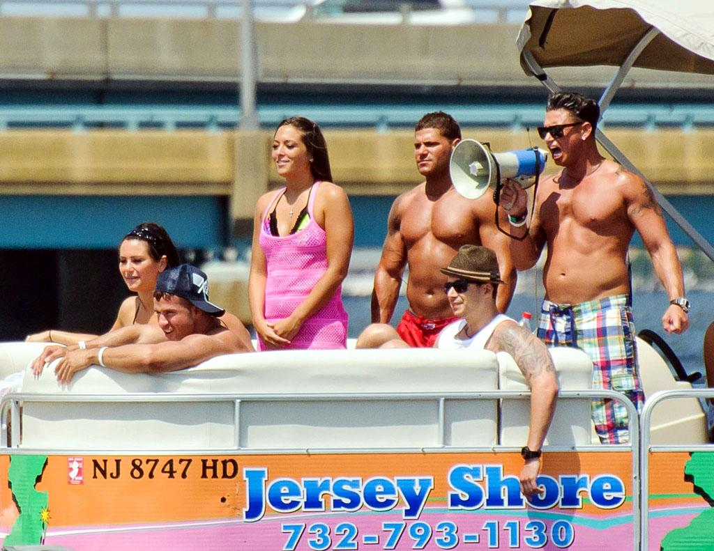 "The rest of the tan gang – including (clockwise from bottom) The Situation, Jenni ""JWoww"" Farley, Sammi ""Sweetheart"" Giancola, Ronnie Ortiz-Magro, Paul ""DJ Pauly D"" Delvecchio, and Vinny Guadagnino – cheered her on. And we're sure they were on their best behavior, since the jetpack rental company's <a target=""_blank"">c</a><span><a>ode of conduct</a> </span>clearly states no swearing, horseplay, or, most important, intoxication.(6/23/2012)"