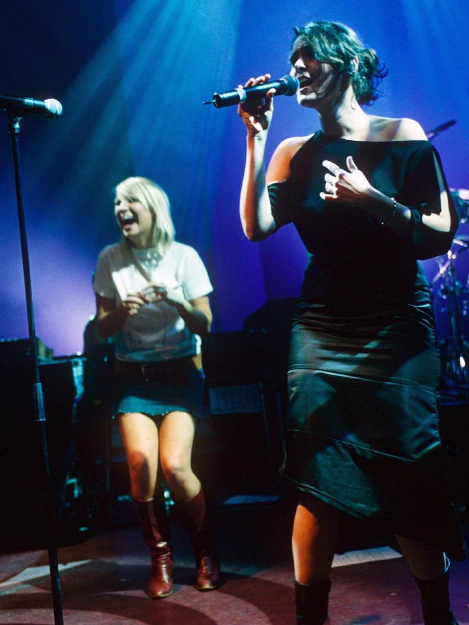 Sia (left) and Sophie Barker perform at a Zero 7 gig in 2001Rex Features